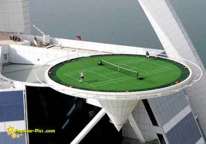 http://malemminggu.files.wordpress.com/2010/06/tennis-burj-al-arab.jpg?w=300&h=210
